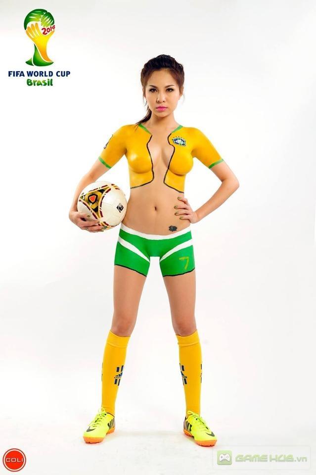 Cho 225 ng v i body painting c v world cup 2014 choang voi body