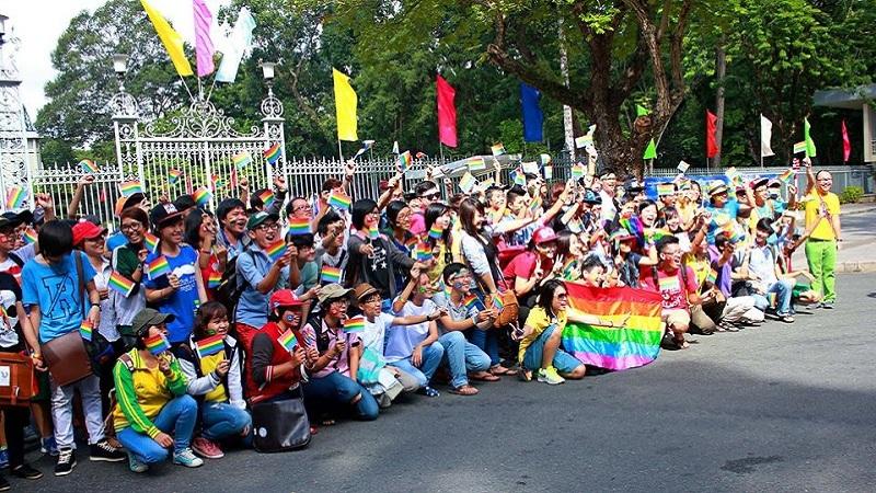 Đại Hiệp Mobile - Ủng hộ cộng đồng LGBT