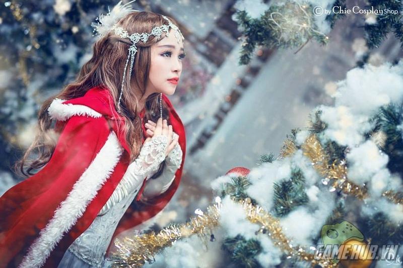 Đón giáng sinh ấm áp cùng nữ cosplayer Chie xinh đẹp