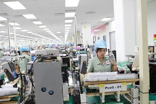 """Những nước nào nhập điện thoại """"Made in Việt Nam"""" nhiều nhất?"""