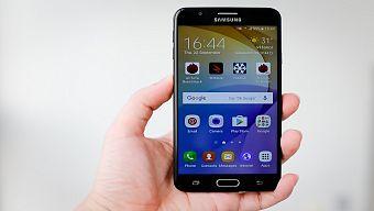 Top 10 smartphone bán chạy nhất tháng 1/2017