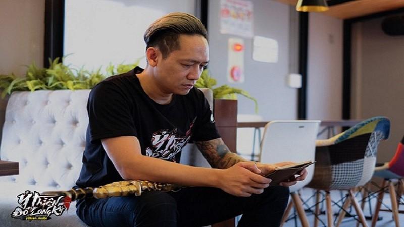 """Chân ướt chân ráo vào Ỷ Thiên 3D, ca sĩ Duy Mạnh đã """"xả thính"""" lụt cả group"""