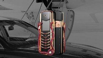 Điện thoại 'cục gạch' giá 360.000 USD của Vertu