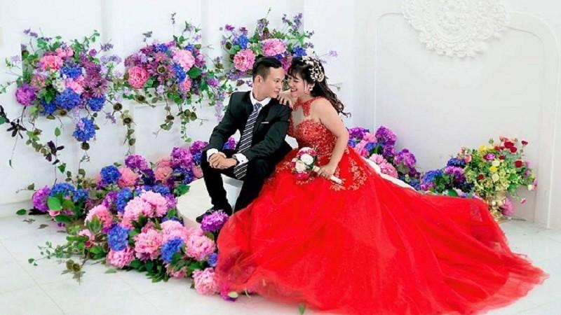 Gặp gỡ đôi vợ chồng trẻ bang Việt Kiếm nên duyên từ VLTKm