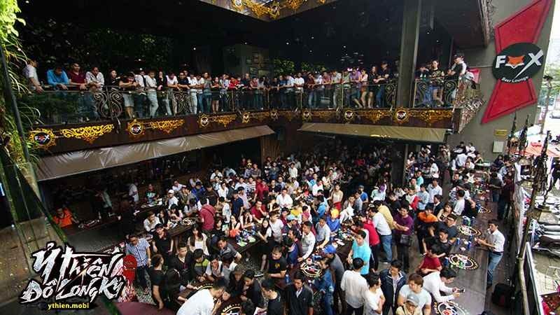 Gần 1000 game thủ Sài Gòn đốt cháy sân khấu sinh nhật Ỷ Thiên 3D
