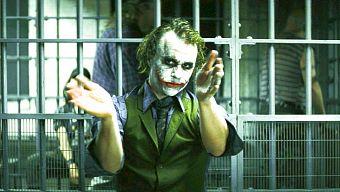 Giả thuyết về thân thế Joker - Kẻ phản diện ám ảnh bậc nhất của Nolan