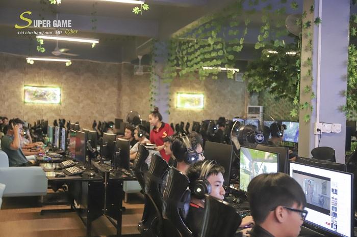"""IMG9499 Theo chân Hau Zozo đến trải nghiệm Super Game - cyber siêu """"khủng"""" đạt chuẩn 5 sao tại Hải Phòng"""