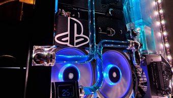 Hiếm có ai chịu chơi như Youtuber này, chế nguyên bộ tản nước cho PS4 Pro