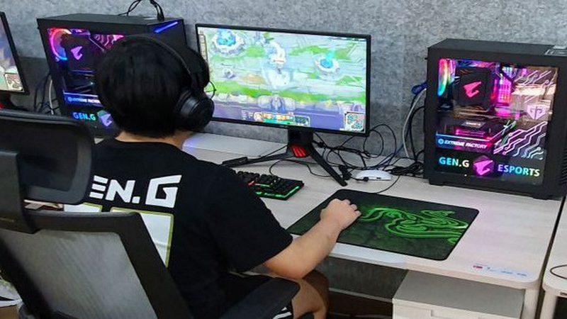 game thủ, xbox, ps4, facebook, console, liên minh huyền thoại, laptop, quán net, try hard, dịch bệnh, mùa dịch, thuê pc, dịch vụ cho thuê pc, cho thuê pc, cybergame, cyber, máy tính cá nhân, thuê dàn pc