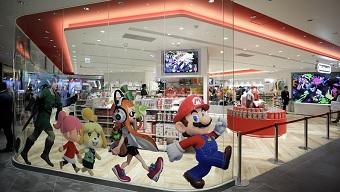 Đóng cửa từ giữa tháng 3, cửa hàng Nintendo vẫn bị đoàn biểu tình xông vào đập phá