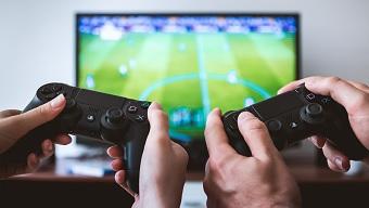 Giúp game thủ PS4 chơi chùa game, hàng loạt người chơi PS5 bị ban console vô thời hạn